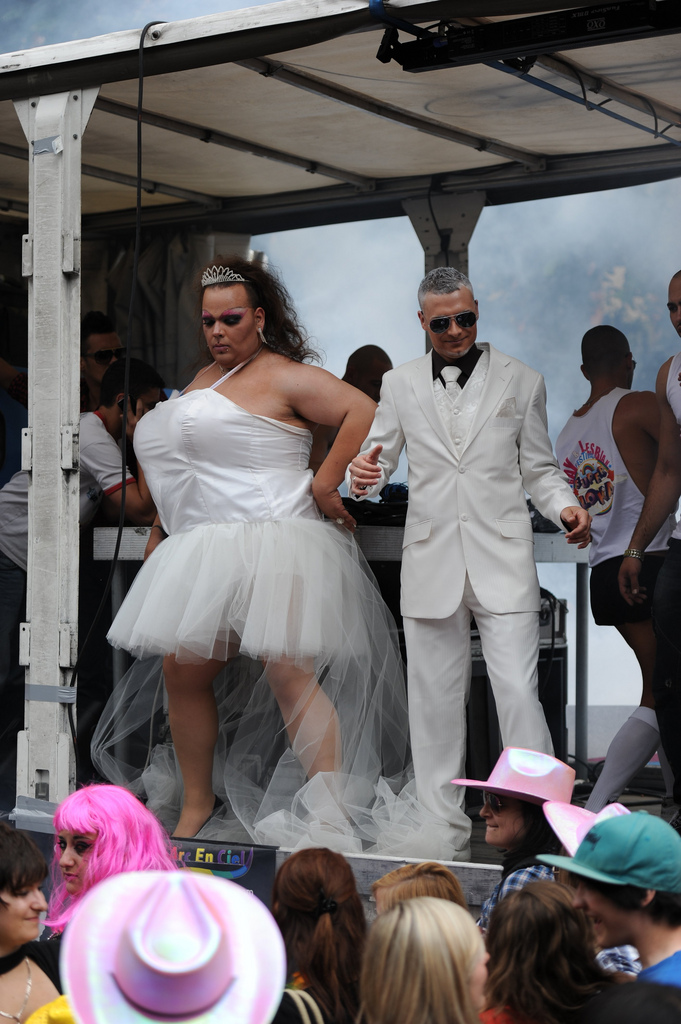 Drag Wedding